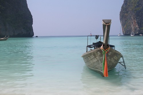 Maya Bay on Ko Phi Phi Leh (2007-03-063)