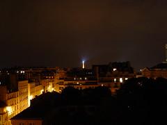 eiffel tower halo