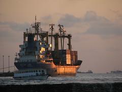 Maldives Star (╚ DD╔) Tags: sea ferry boat ship cargo fuel refueling funadhoo maldivesstar