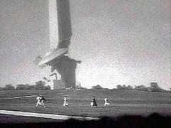 UFO crashes into Washington Monument