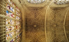 King's College Chapel, Cambridge (Nevica) Tags: cambridge architecture gothic stainedglass ceiling ih kingscollegechapel fanvault
