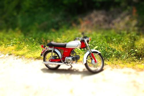 ミニチュア模型風バイク