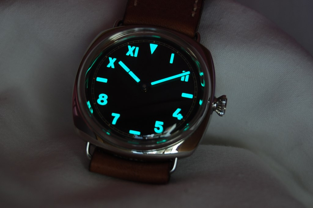 PAM 249 Lume Shot / Luminova