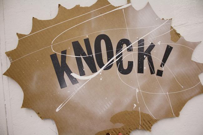 knock!