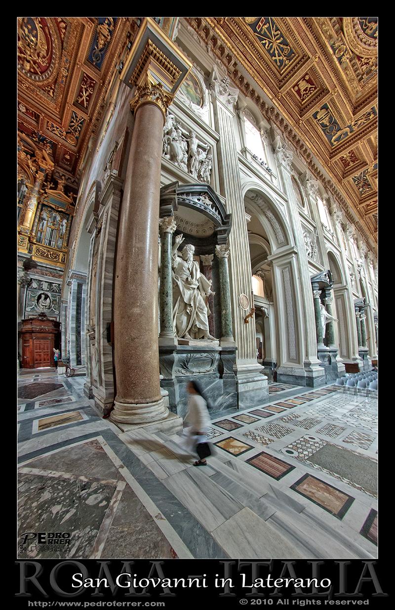 Roma - Archibasílica de San Juan de Letrán - detalle tamaño esculturas