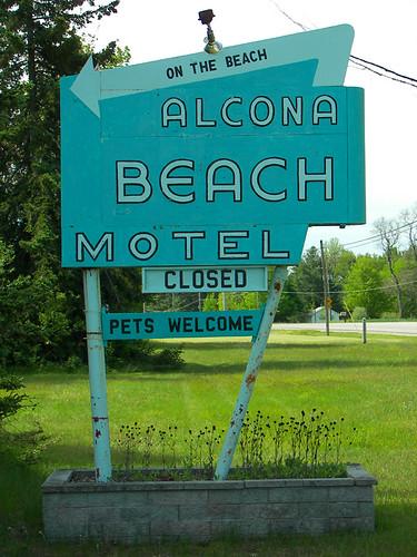 Alcona Beach Motel