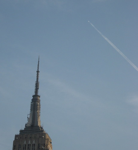 Empire State Building, Gliding Airplane