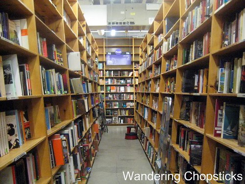 Day 4.13 Powell's Books - Portland - Oregon 5