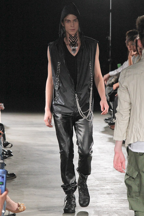 Ran 3011_SS11_Tokyo_GUT'S DYNAMITE CABARETS(Fashionsnap)