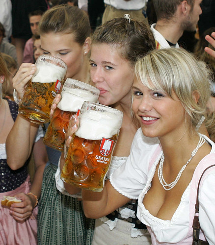 German Beer Girls