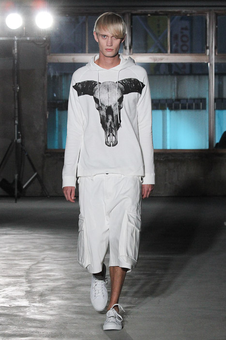 Nicolai Haugaard3083_SS11_Tokyo_Sise(Fashionsnap)