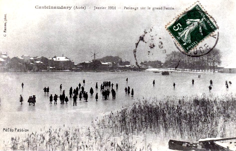 patinage sur le bassin gelé du canal du Midi à Castelnaudary en janvier 1914