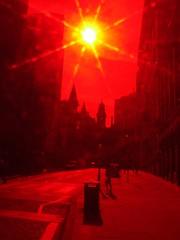 (Tourista de Mancunia) Tags: manchester shadows kingstreet communters starfilter tdm earlymorningsun fuji5600 cokinfilters jonshack jonshackleton redandbw wwwtdmphotographycouk tdmphotography