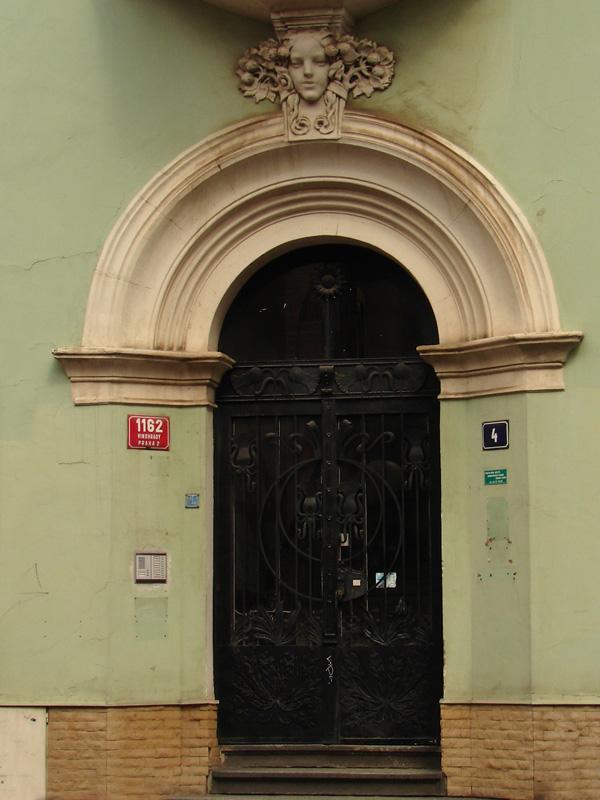 Prague 8705