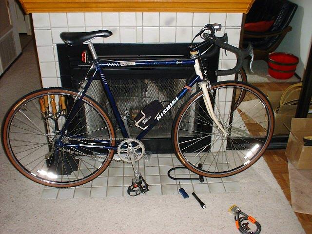 VINTAGE BIKE BICYCLE DIA-COMPE REAR BRAKE CENTER BOLT NOS JAPAN NO 1045 DIACOMPE