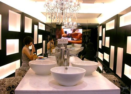 微風廣場奢華的廁所