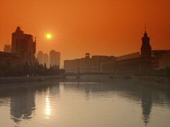 Shanghai - Suzhou Creek (cnmark) Tags: china road bridge sunset orange color colour reflection art creek river geotagged tramonto suzhou photographer sonnenuntergang shanghai district explore master filter fullhouse excellent awards   sichuan legacy ocaso  huangpu puestadelsol coucherdusoleil suzhoucreek hongk