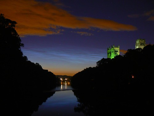 Noctilucent Clouds over the Wear