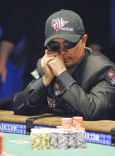 Chip Leader Jerry Yang Studies the Table