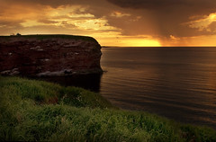 The edge (IrenaS) Tags: ocean sunset sea canada landscape cliffs atlantic princeedwardisland pei abigfave capetryon