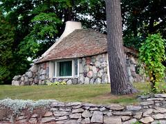 Charlevoix - Mushroom House by ktylerconk