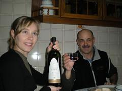 Lets open the big bottle of wine! (Elsa Anderman) Tags: pon ponferada