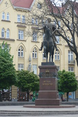 Statue in Lviv (pegase1972) Tags: statue europe lviv ukraine lvov україна lwów lemberg львов