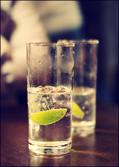 GT (Anders Adermark) Tags: london ice pub lime gt gin tonic 2010 gintonic
