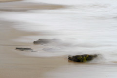La marea. (luisbess) Tags: lafotodelasemana mar agua playa breathtaking piedras marea fuerza aplusphoto megashot misfotosfavoritas lfs062007 ifs062007