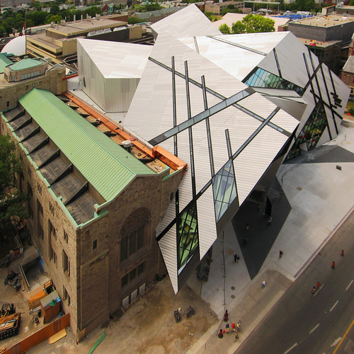 The extension to the ROM by Daniel Libeskind by livinginacity.