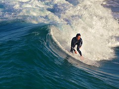 swell surfer (~Vision ~A i r y ~) Tags: visionairy vision airy australia visionary photo photograph image graphic popular quality mywinners beauty simplicity natural world planet earth love nature creative creativity visuals images artistoftheyearlevel7 artistoftheyearlevel6 artistoftheyearlevel5 artistoftheyearlevel4 0882007