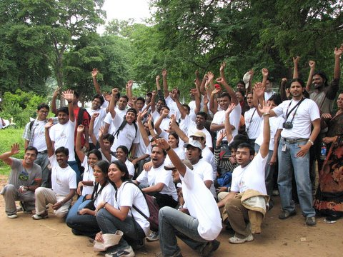 volunteers at the end of the cleanup drive 220907 muthathi