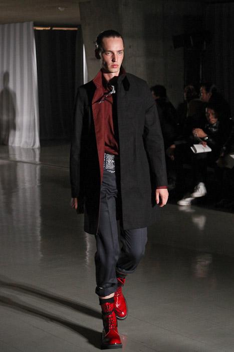 SS11_Tokyo_DISCOVERED024_Rutger Derksen(Fashionsnap)