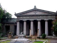 Mausoleo VIII (Jorgelixious) Tags: cemetery general cementerio coolpix fujifilm mausoleo s5600
