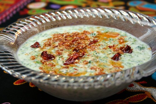Broccoli and Walnut raita