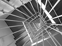 Vertigo 2 (Eli K Hayasaka) Tags: brazil blackandwhite bw monochrome brasil stairs blackwhite nikon sãopaulo monochromatic pb stairway sampa pretoebranco escadas escadarias grafismo escadaria brancoepreto monocromático graphism mywinners duetos hayasaka diamondclassphotographer flickrdiamond artlegacy bwartaward elikhayasaka