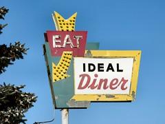 Ideal Diner (altfelix11) Tags: minnesota minneapolis diner eat neonsign vintagesign centralavenue idealdiner vintageneonsign