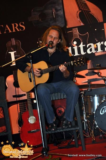 Lee Guitars