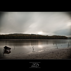 Dried up Lake  | Part 1 (HD Photographie) Tags: bw france 30 pose long exposure ardennes 110 lac des sp ii nd di if af 1000 forges ld longue vieilles f3545 1024mm asperical