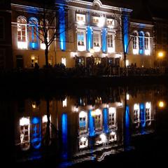 Schouwburg (Plutone (NL)) Tags: white water night reflections landscape iso800 leiden blauw schouwburg neo freehand wit gracht g11 classicism blackblue