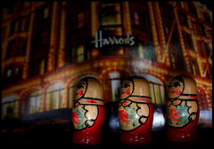 New Economy (Sartori Simone) Tags: london shopping geotagged russia postcard harrods londra mosca cartolina neweconomy matroschka allrightsreserved moscov lanouvellerevolutionsurrealiste matryoska simonesartori