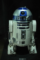 R2-D2 (Luigi Rosa) Tags: uk england london star force united kingdom exhibition r2d2 forza wars r2 guerre stellari londra d2 inghilterra artoo 111v1f deetoo unito regno