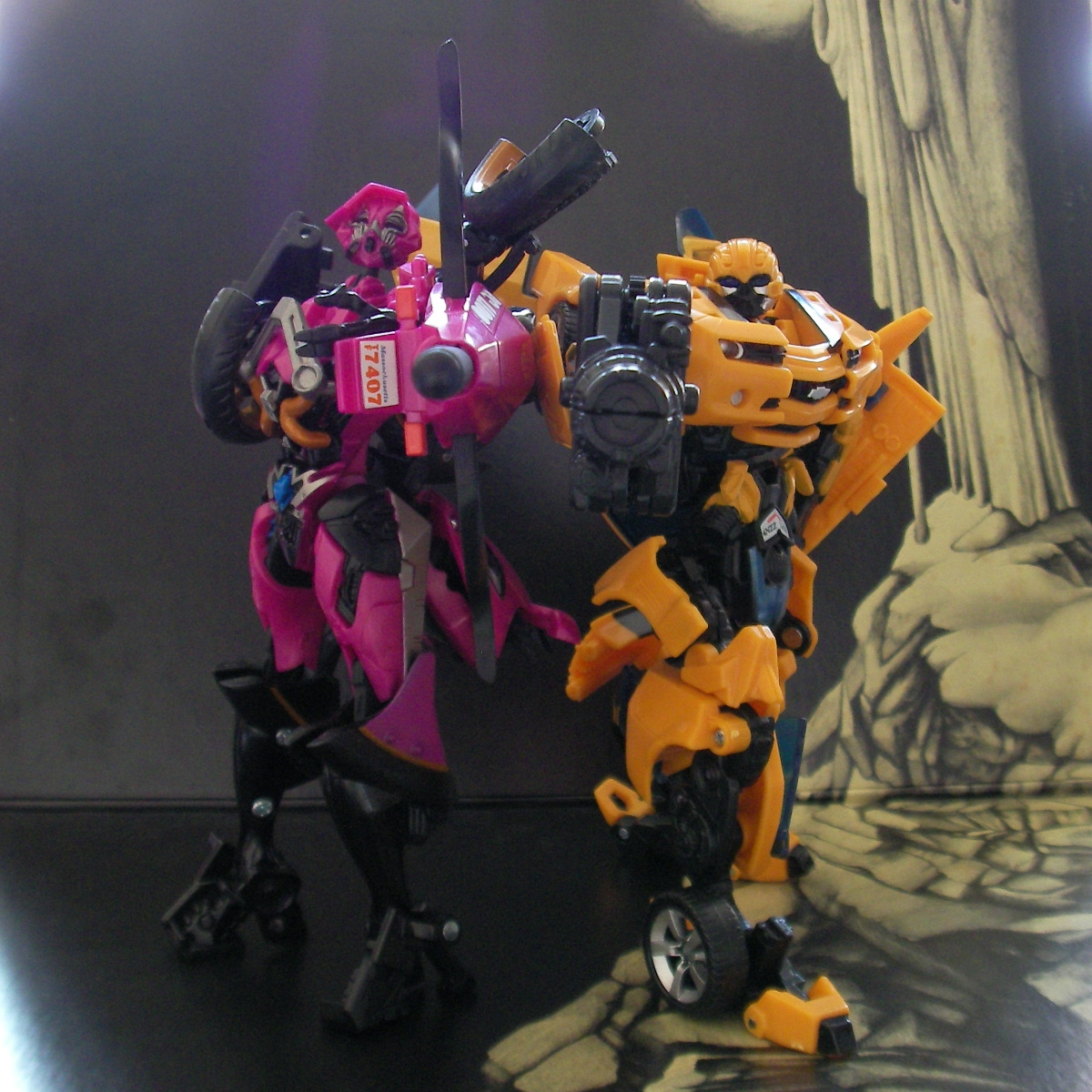 Bumblebee and Arcee 02