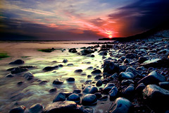 Llantwit Major Sunset 1 (virtual_tony2000) Tags: uk sunset sky beach wales clouds purple britain pebbles glamorgan llantwitmajor 5photosaday mywinners