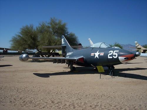 Warbird picture - Grumman F9F-4 Panther