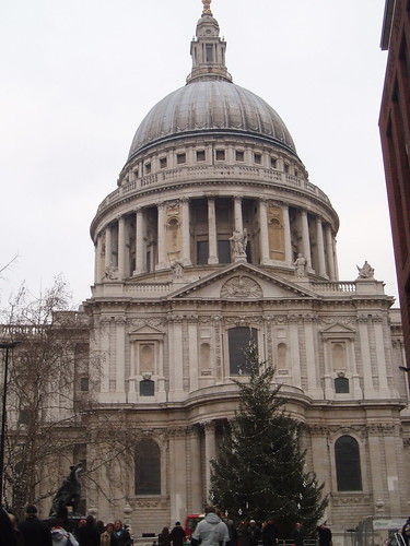 St. Paul's Cathedral - side view