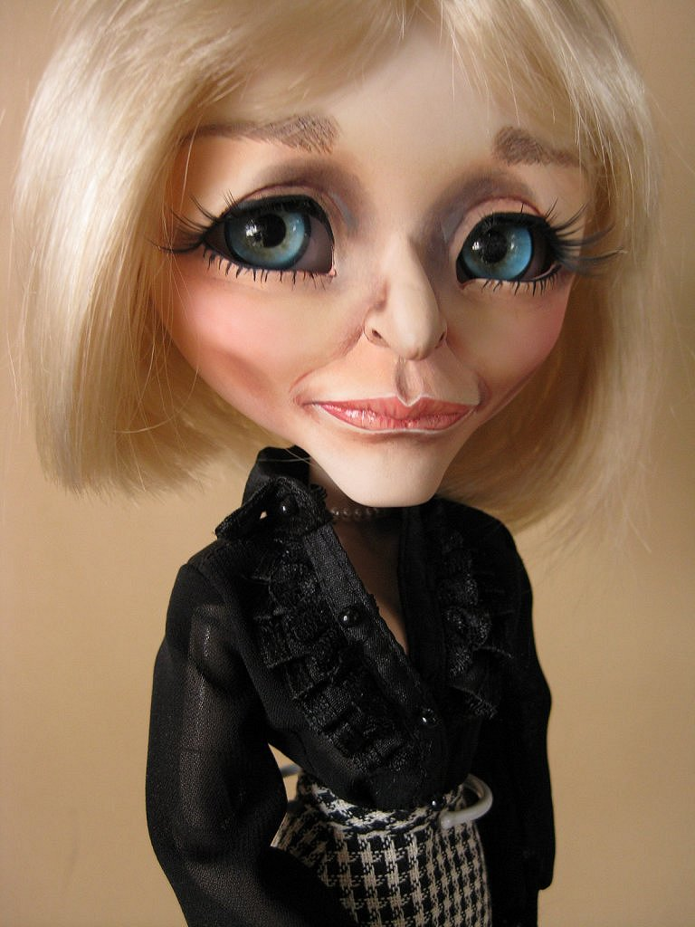Pullip Barasuishou as Glenn Close's Patty Hewes.