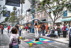 santa monica stunt (Kris Kros) Tags: california santa street photoshop photography high nikon dynamic monica promenade kris third acrobat d200 range hdr stunt kkg acrobatic photomatix kros kriskros kkros2k kkgallery