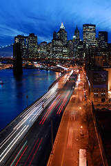 Lower Manhattan Skyline (Sam Rohn - 360 Photography) Tags: nyc newyorkcity longexposure sunset sky usa newyork blur skyline architecture night interesting twilight nikon highway dusk manhattan trails d200 nikkor fdr widok miasto locationscouting locationscout jork nowy 2870mmf28d zmierzch wspaniay samrohn