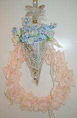 (sparkledvintagecharm) Tags: pink flowers blue pastel wreath ribbon